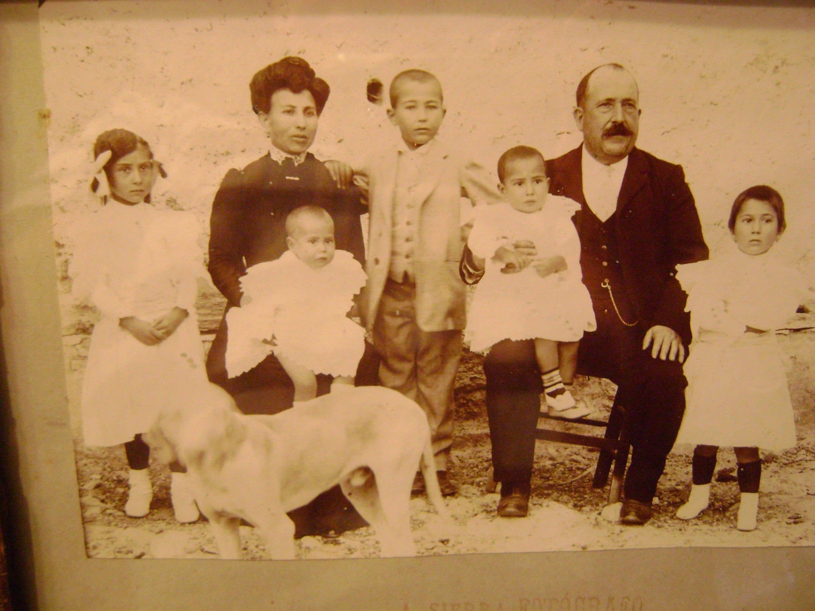 Escritura y familia